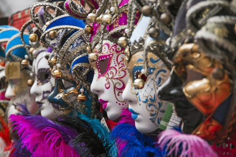 Why YOU should visit the Venice Carnival!